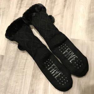 Frye Black Cozy Pom Pom Home Socks NEW